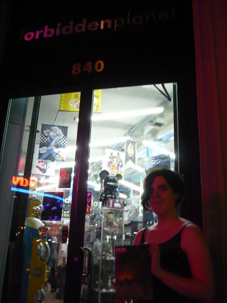 store_broadway_1_small.jpg